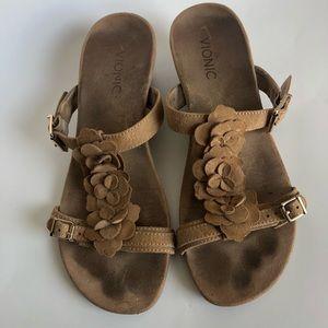 VIONIC Tan/Brown Floral Sandals Size 8